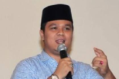 KPK Lakukan OTT di Kuansing, Bupati Andi Putra Turut Diperiksa</a>