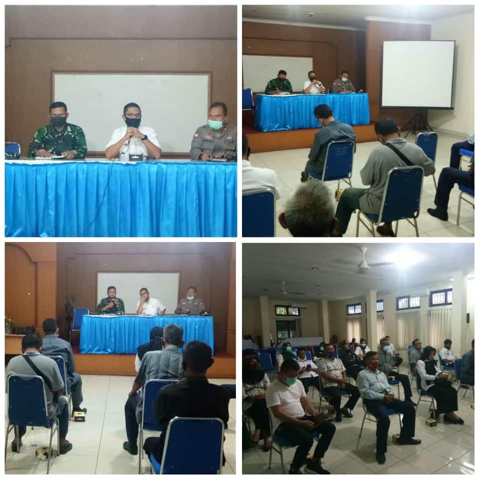 Danramil 04/Lph Hadiri Rapat Persiapan Penyemprotan dan Rapid Tes di Kecamatan</a>