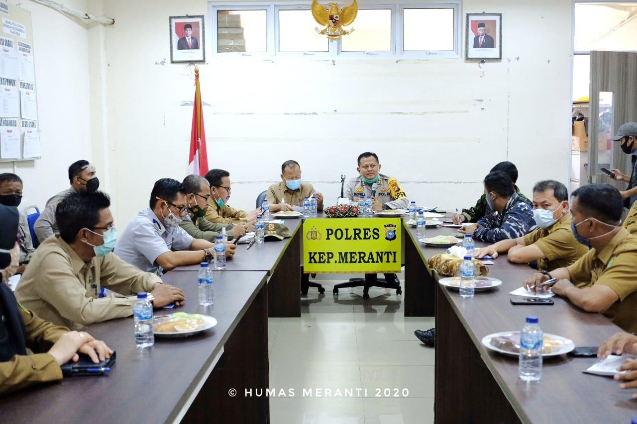 Pimpin Rakor, Sekda dan Kapolres Meranti Meminta Semua Pihak Aktifkan Posko Karhutla</a>