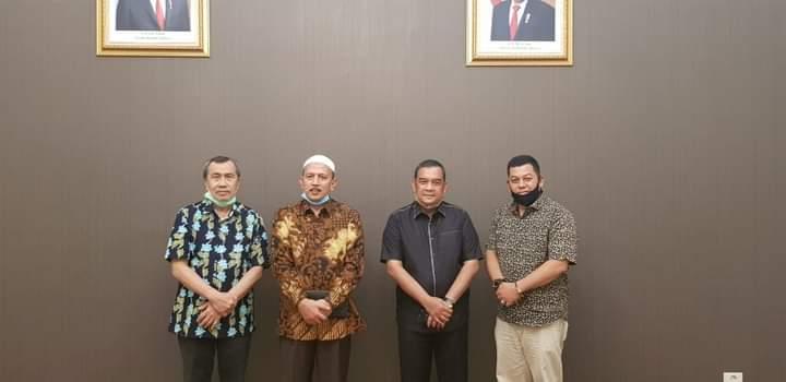 Hamulian- Topan Balon Kepala Daerah Rohul Pilihan Gubernur</a>