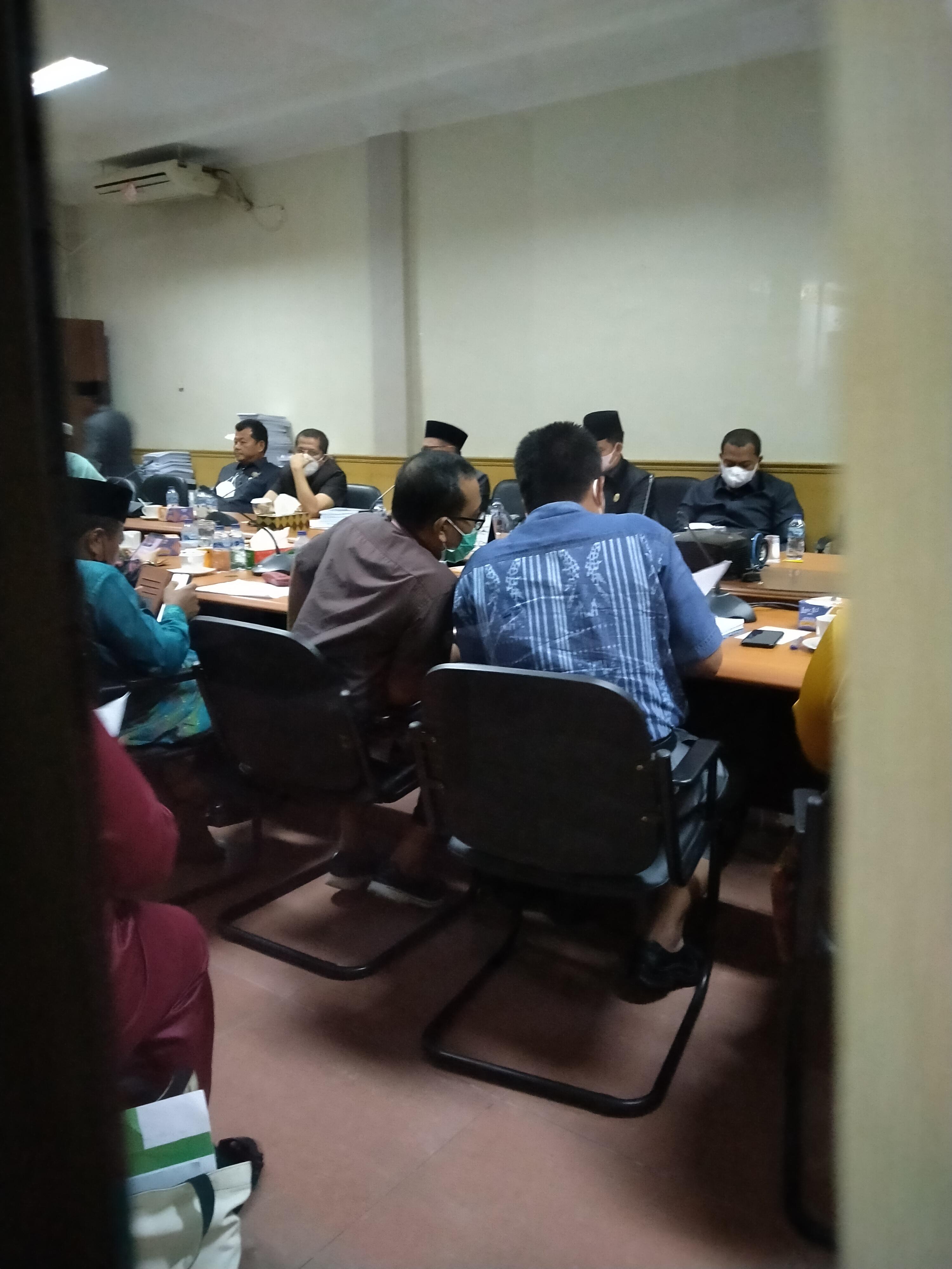 Terkait Izin Limbah, DPRD Hearing Tertutup dengan PT. SIPP dan DLH Bengkalis</a>