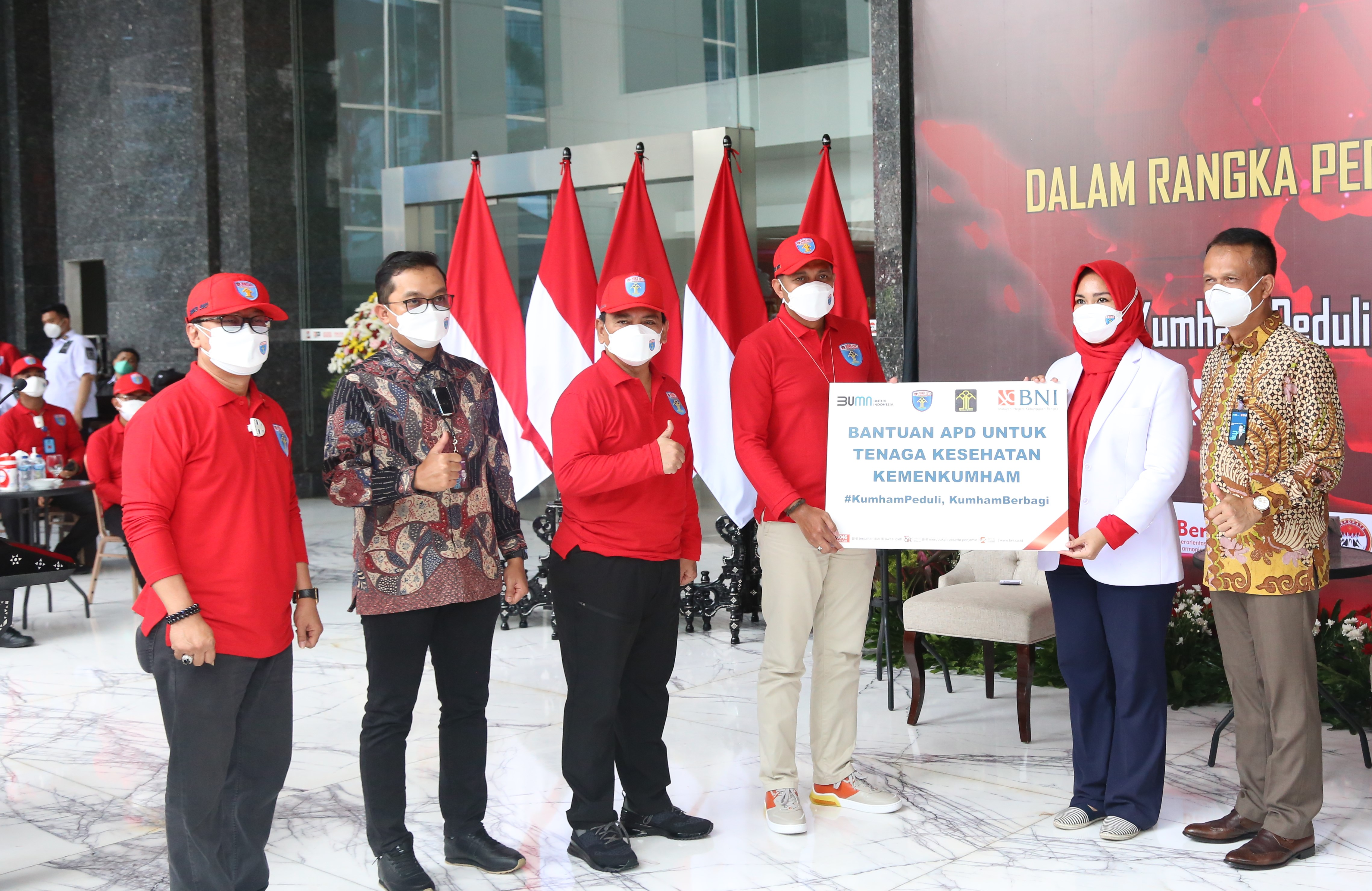 Perayaan Hari DKD, Kemenkumham Serahkan Bingkisan Kepada Pasien COVID-19</a>