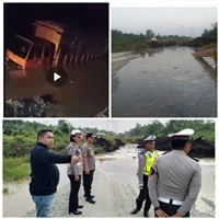 Jalan Lintas Tanjung Buton- Siak Amblas Kedalaman 5 Meter</a>