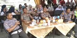 Akhiri Tugasdi Polres Kampar, Asep Darmawan Dilepas Acara Family Gathering</a>