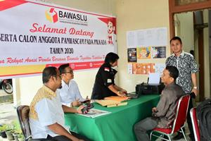 Di hari Pertama, 149 Orang Mendaftar Jadi Panwascam</a>